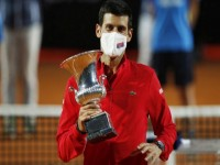 Novak Djokovic noul mp rat de la Roma S rbul suprem la primul turneu dup descalificarea de la US Open l-a dep it pe Nadal ntr-un top important